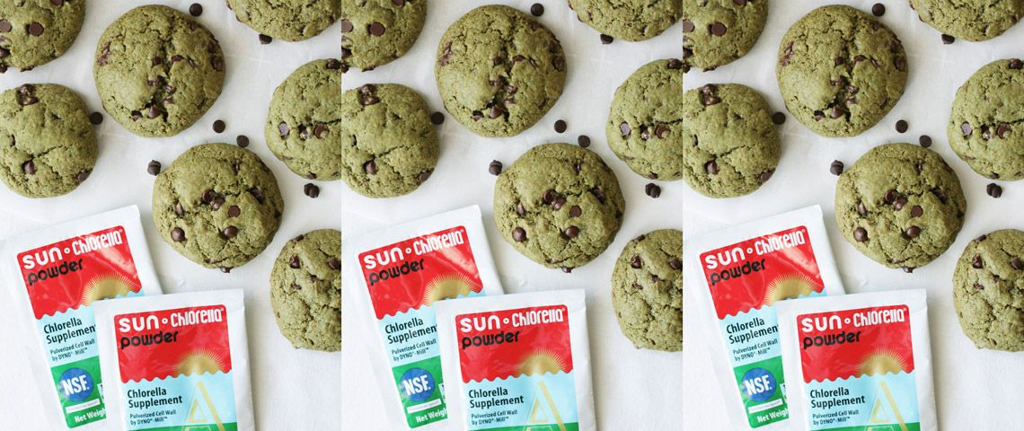 Vegan Chocolate Chip Cookies With Matcha and Chlorella