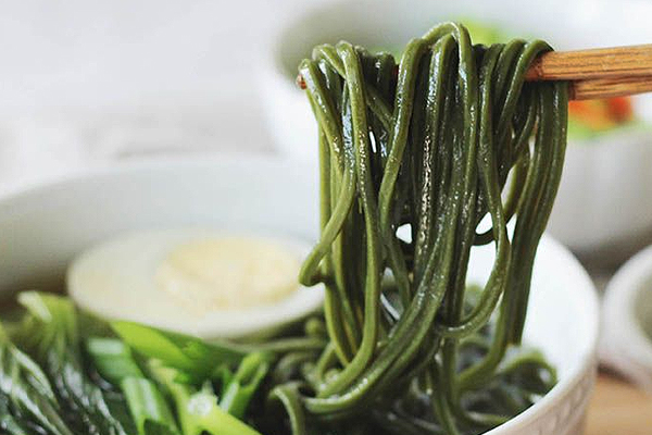 Chlorella Udon Noodles is a health meal packed with vitamins and minerals